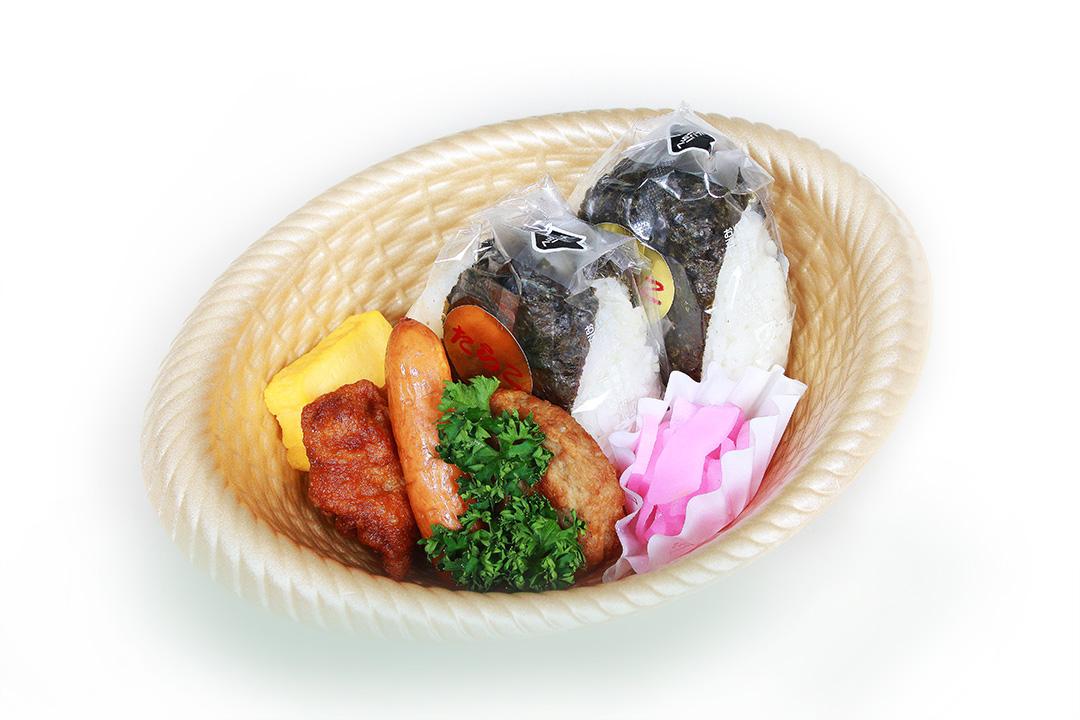 おにぎり弁当:400円(税抜)